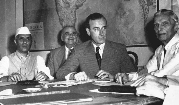 Days before August 15, 1947,Lord Louis Mountbatten, Jawaharlal Nehru and Mohammad Ali Jinnah prepare for the transfer of power from the British Crown. Nehru represented the Indian National Congress while Jinnah stood for the Muslim League, which demanded a separate sovereign state for Muslims.