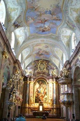 St. Anna, Kirche innen, barockes Ambiente