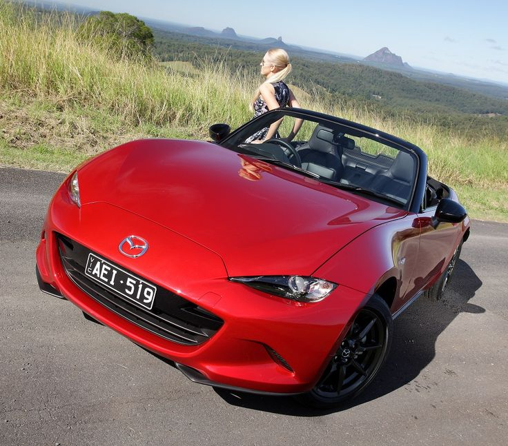 New Mazda MX-5 Roadster is Japan's Car of the Year. http://behindthewheel.com.au/2016-mazda-mx-5-takes-car-of-the-year-award/