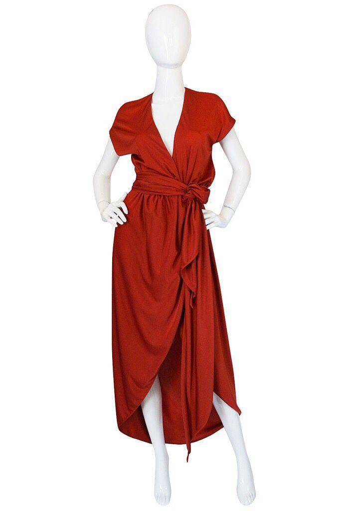 Купить Вечернее шелковое платье на запах - красное платье, Платье из шелка, Платье на Новый год