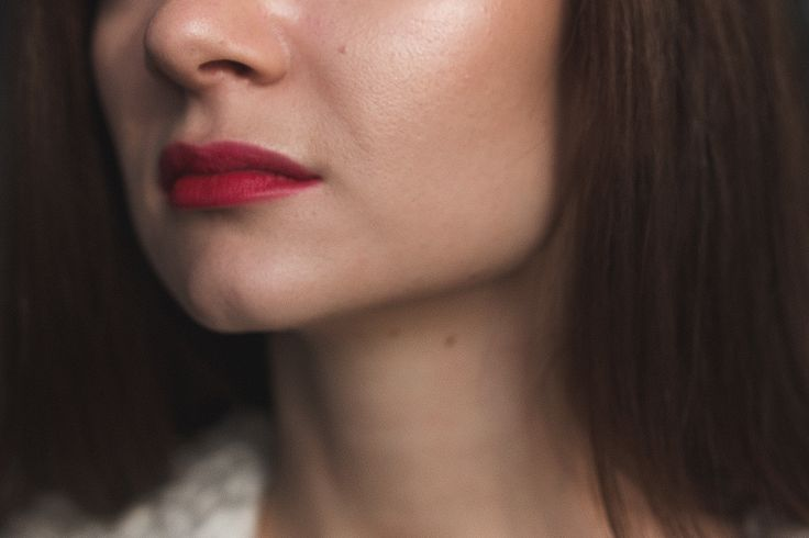 Skin glow and matte red lips (MAC Rooby Woo) Make-up by Ekaterina Tsybiktarova