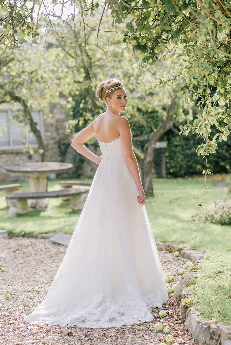 Enzoani Kimberly gown at The Pheasant Harome x