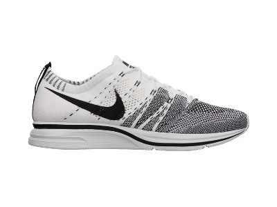 Pure Perfection: Nike Flyknit Trainer+