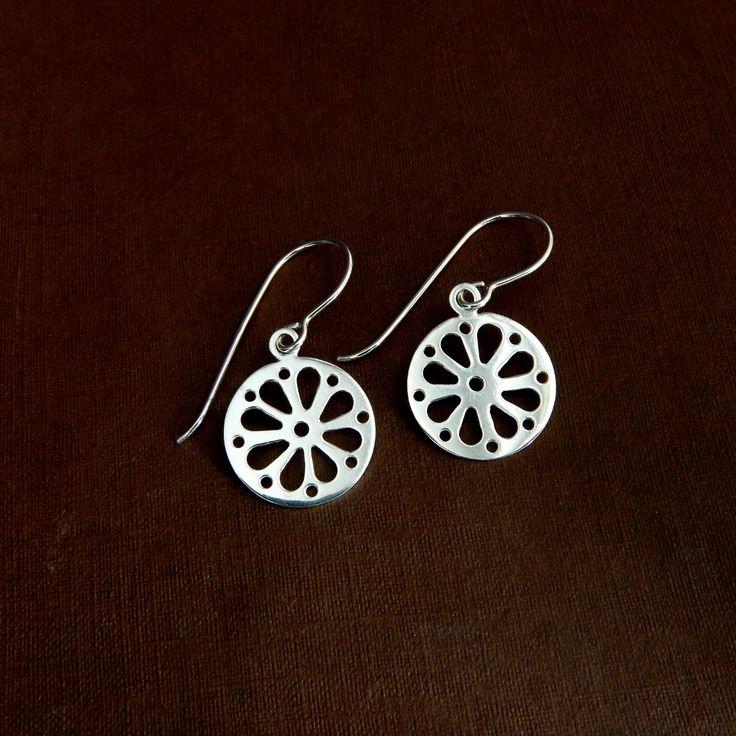 Rosette - silver earrings - kropinska.pl