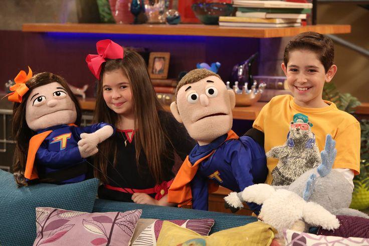 Você não acha Billy e Nora parecidos com seus bonecos?