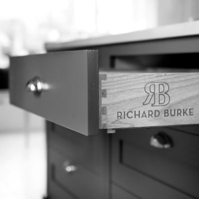 For a custom kitchen design in Limerick to work, a homeowner has to be involved in the process of design. At Richard Burke Design, the experienced kitchen design team meets with clients in the main showroom or at their homes to ensure that clients find kitchens that meet their needs.