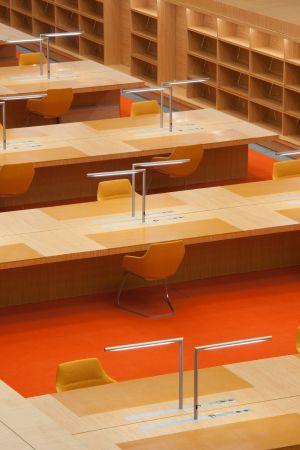 Der Lesesaal der Staatsbibliothek Berlin von HG Merz