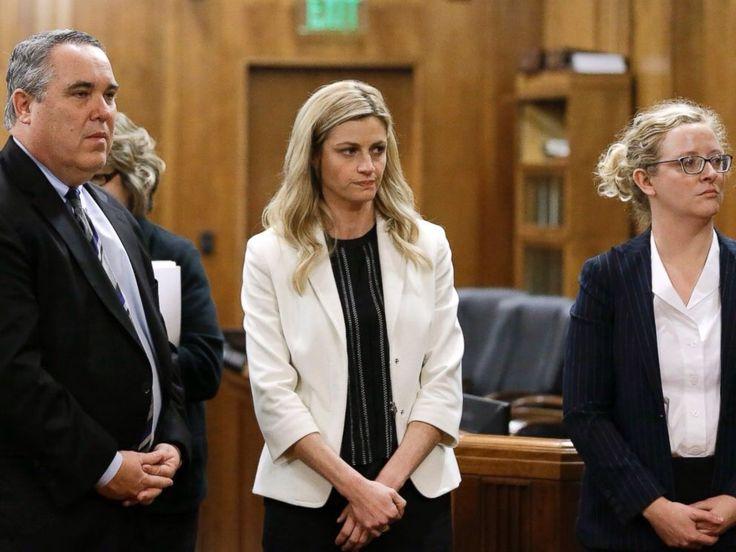 Jury Awards Erin Andrews HUGE SETTLEMENT In Stalker Case Read How Much!