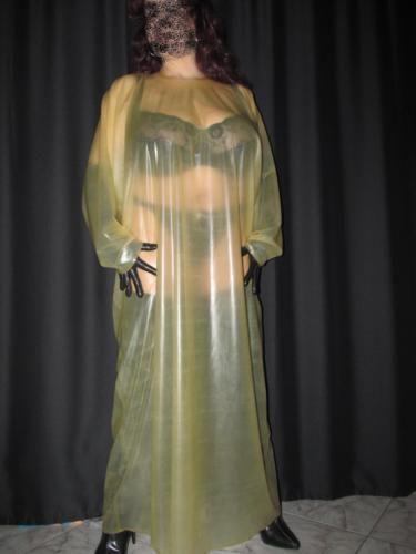 Latex-Nachthemd-Latexkleid-Kleid-Gummikleid-Robe-Latex-Rubber-0-5-stark-UNI