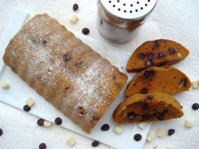 Dýňový chléb s čokoládou a javorovým sirupem | Pumpkin, Chocolate and Maple Syrup Bread - www.vune-vanilky.cz