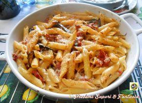 Pasta alla norma gratinata, è ideale per il pranzo di ogni giorno ma anche per condividere con la famiglia e gli amici. Una ricetta gustosa e molto facile.