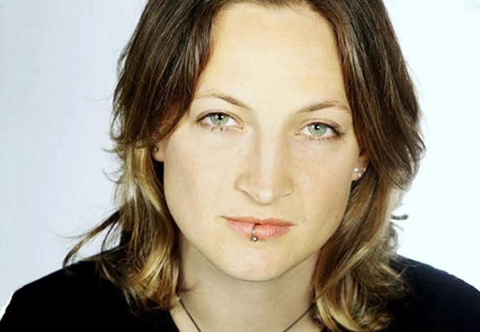 Gorgeous badass Zoe Bell. Even if you think you've never seen her movies, you totally have.