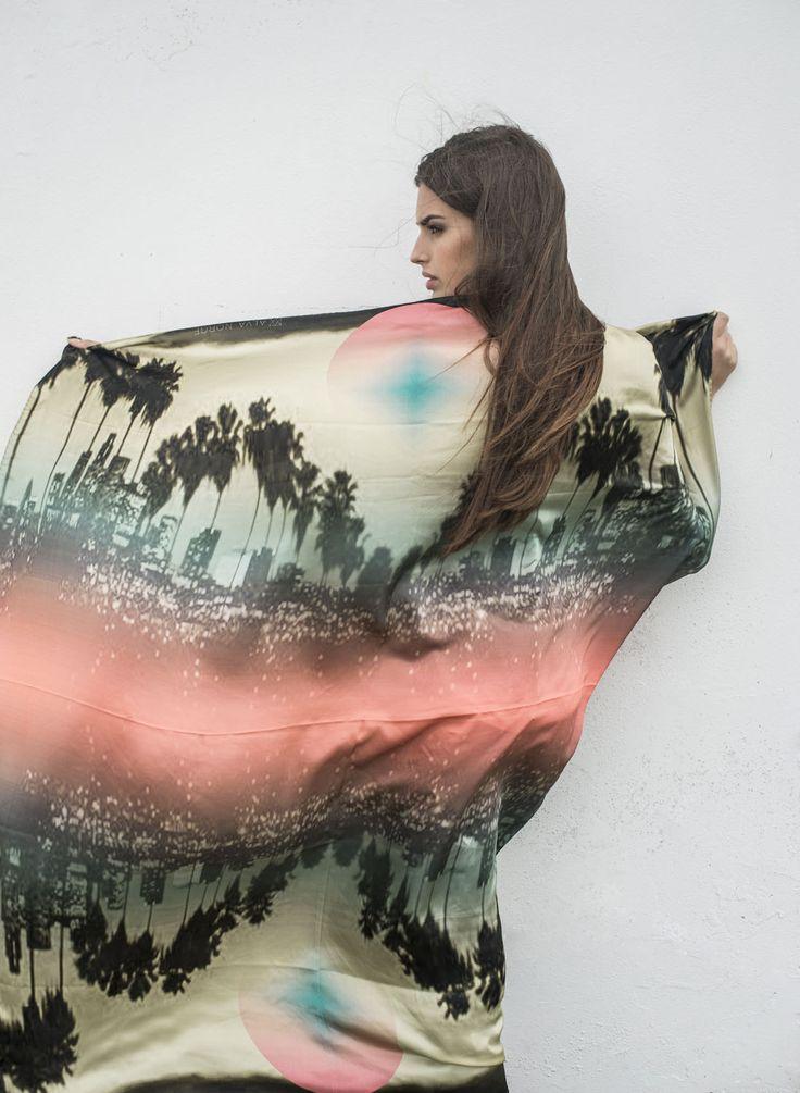 www.alva-norge.com Style: LA LA Land 100% Satin Silk 130cm x 130cm