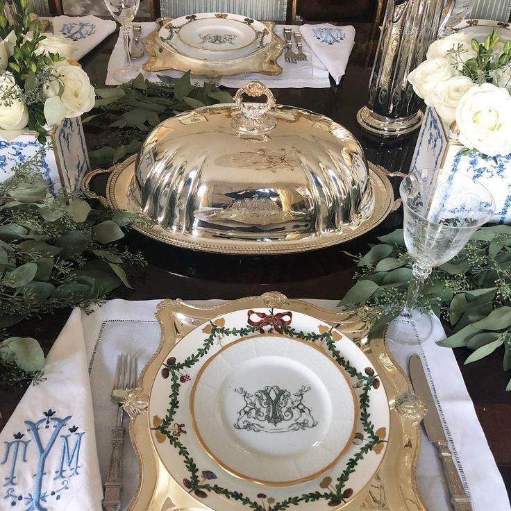 Elegant tablescape - The Enchanted Home.