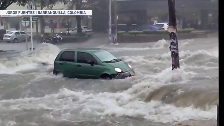 (adsbygoogle = window.adsbygoogle || []).push();       (adsbygoogle = window.adsbygoogle || []).push();   Compilation of videos showing the danger of attempting to drive through flooded roads and streets. Despite the rising frustrations flooding can bring to drivers,... #Weather #videos