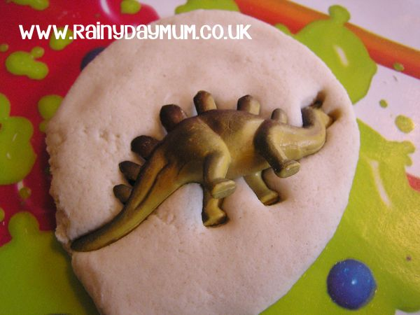 Creating Salt Dough Dinosaur Fossils- 1/2 Cup of Salt 1/2 Cup of water 1 Cup all purpose (plain Flour)