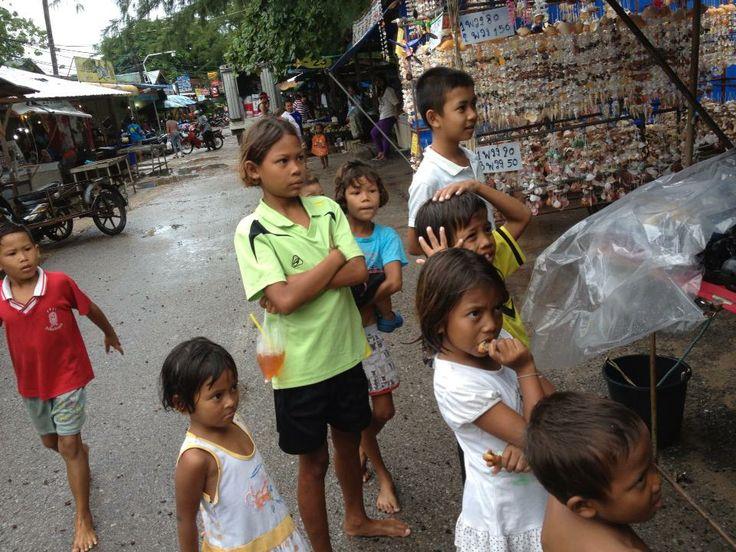 Entertaining the Thai Village kids