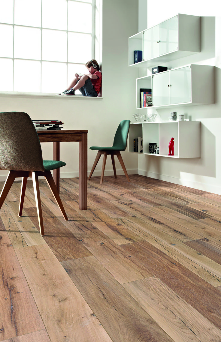 This vinyl plank flooring looks good and is very hard wearing and eco friendly. #woodflooring