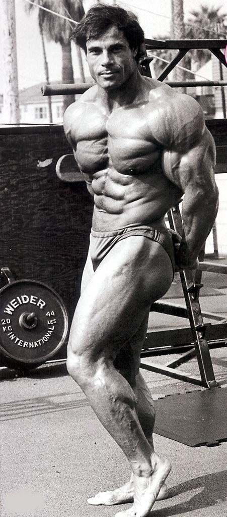 Arnold Schwarzenegger - 1977 RFK Pro-Celebrity Tennis ...