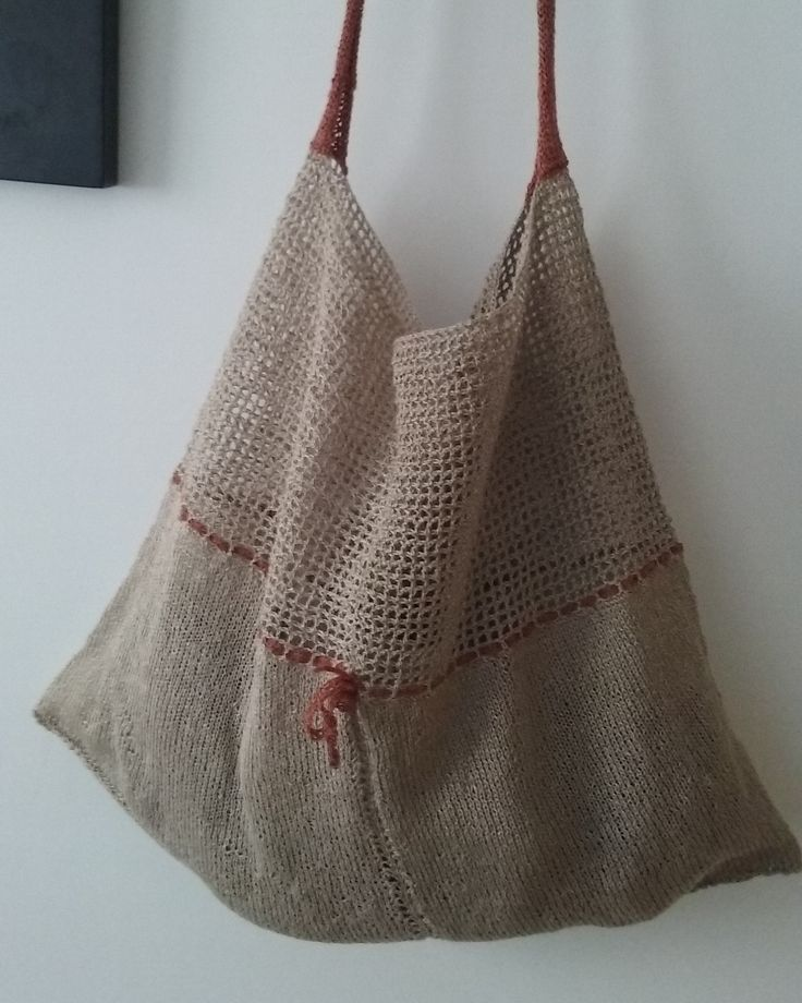 Amparo de la Sota. Linen. Knitting, crochet.