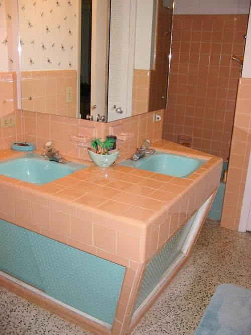 Best What To Do About Our Peach Tiled Bathrooms Images On - Peach bath towels for small bathroom ideas