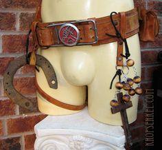 Kropserkel: Hellboy Costume and Samaritan Holster Replica