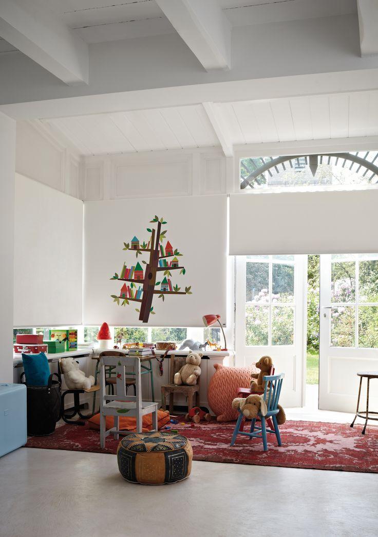 #interior #window #decoration #windowdecoration #design #modern #ethnic #red #sandcolours #white #livingroom #playroom #kidsroom #kids #wallpainting