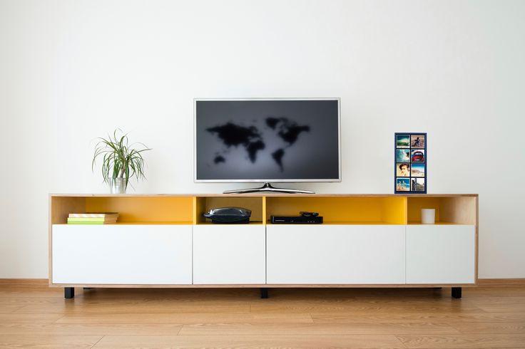 Portrait - MagnaPix Display Unit http://magnapix.net