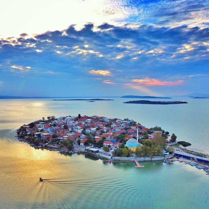 Gölyazı #Bursa #Turkey - Photo by // Photography by Travelin'man Turkey (onderkoca)