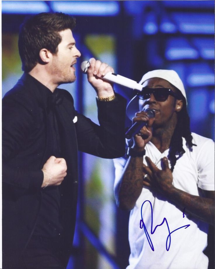 Robin Thicke Autographed 8x10 Photograph Featuring Lil Wayne, Proof Photo