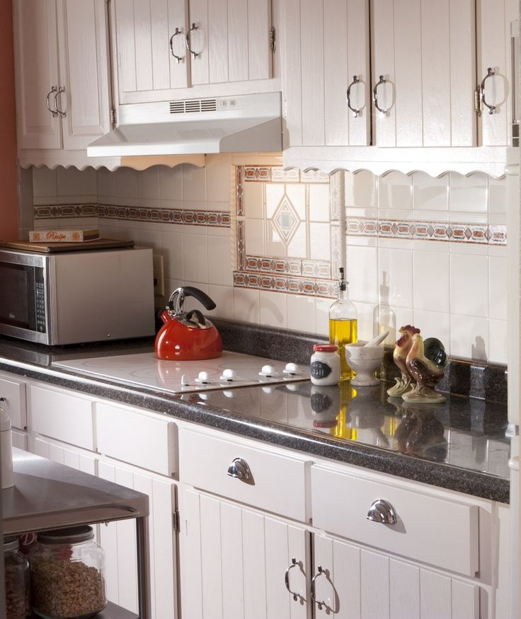 DIY Paint Makeovers: A Country-Style Kitchen