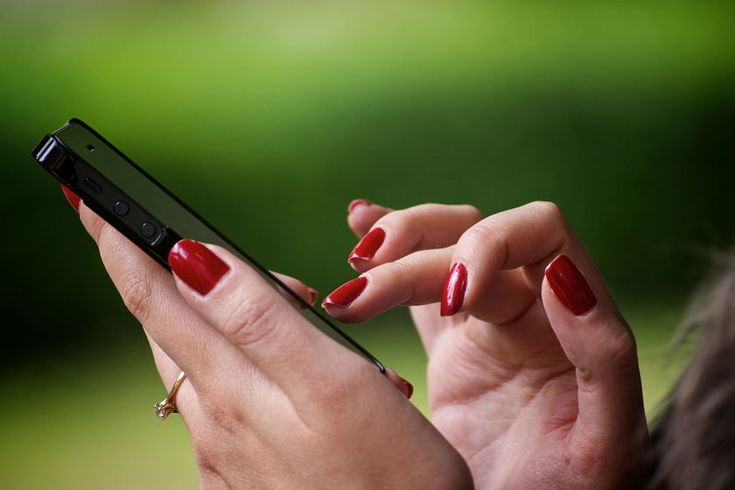 Ihre Kollegin telefoniert lange, laut und auch noch meist privat? Klären Sie die Situation mittels einer Ich-Botschaft dauerhaft...