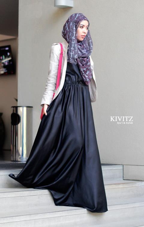 Satin dress + pattern hijab