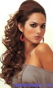 Pleasant 1000 Ideas About Curly Side Ponytails On Pinterest Side Short Hairstyles Gunalazisus
