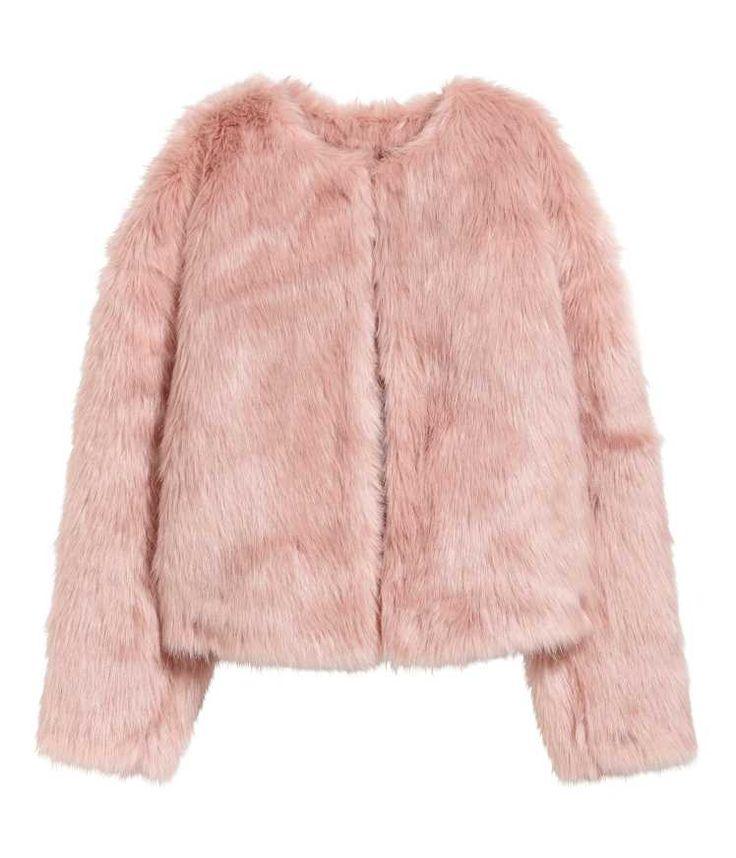 Upptäck de senaste trenderna inom dammode hos H&M. Shoppa damkläder och accessoarer och låt dig inspireras av de senaste modetrenderna.