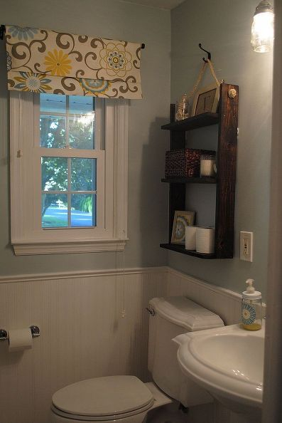 100 bathroom makeover reveal, bathroom ideas, home decor, small bathroom ideas, A pallet wood storage shelf over the toilet and a new window valance