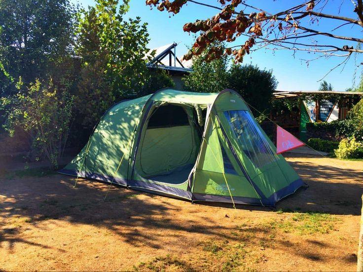 Dacă alegeți o experiență completă - adică dormit și gătit la cort, în camping sau în locuri neamenajate, iată ce este necesar să aveți cu voi: