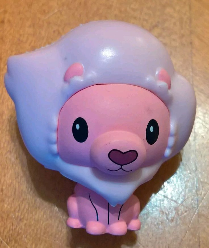 - Lion - Rarity 1/12 - Your favorite characters from Steven Universe as stylized Pint Size Heroes from Funko - Stylized collectables stand 1.5 inches tall, perfect for any DC fan - Collect and display