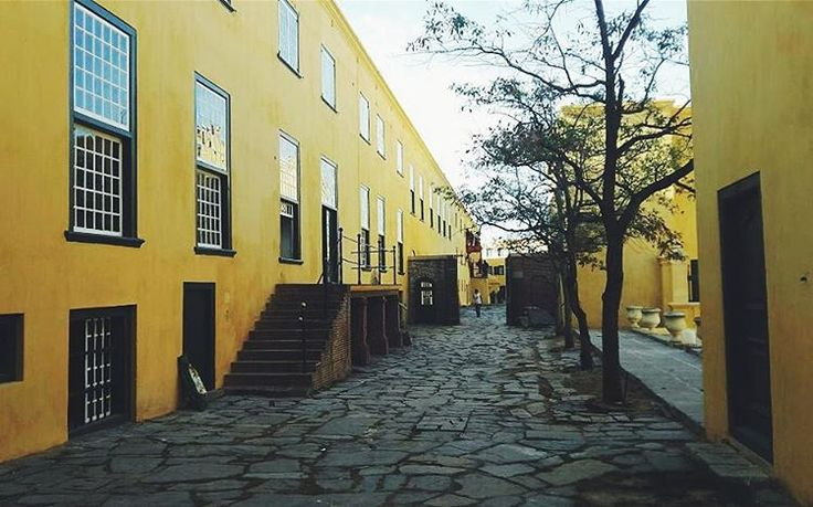 Castle of Good Hope @capetownmag @capetownetc @cityofcapetown #castle #fort #capetown #city   Cathé Pienaar Photography. Cape Town, South Africa, but travel all over.   Contact for information on bookings and package.  - http://cathe.co.za/  - info@cathe.co.za  - https://www.facebook.com/CathePienaarPhotography