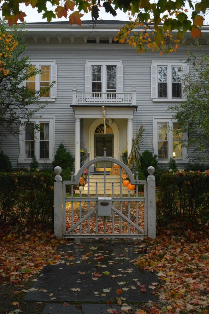 A fun porch halloween tour with lots