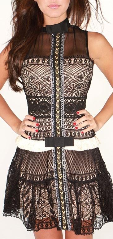 Byron Lars dress worn by Jessica Sanchez on American Idol this week...love it.