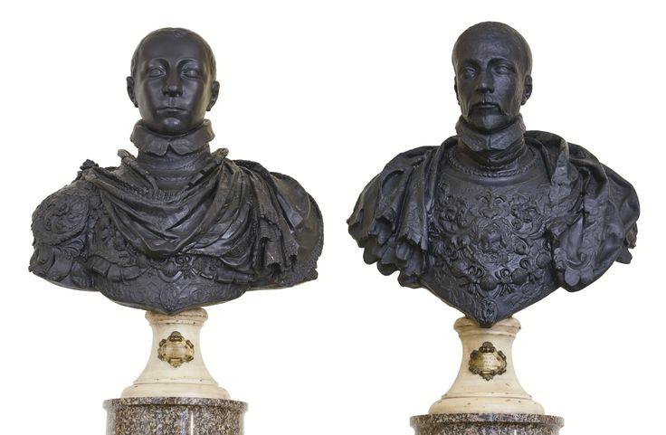 bustes de franois ii (1544-1560) et   statue   sotheby's pf1661lot928lden