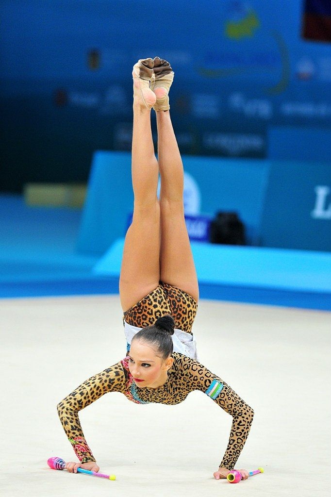 Anastasia Serdyukova (Uzbekistan) got 17.516 points for her clubs routine at Qualifications, Olympic Games 2016