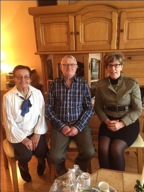 De heer en mevrouw Boon- Karstens vieren vandaag hun 60 jarig huwelijk. Burgemeester Van Rijnbach feliciteerde het echtpaar op 24 december. Proficiat!
