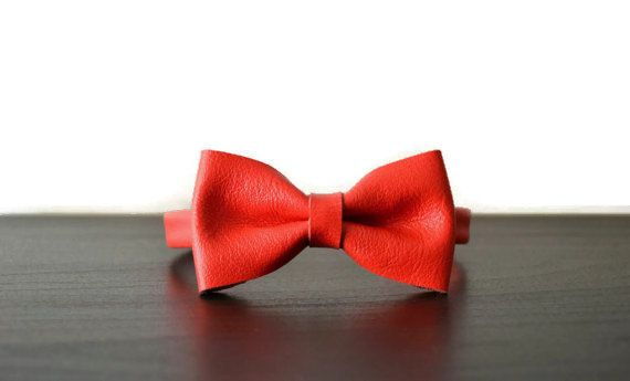 Leather bow tie / Red bowtie / Bow tie for women / Leather bowtie