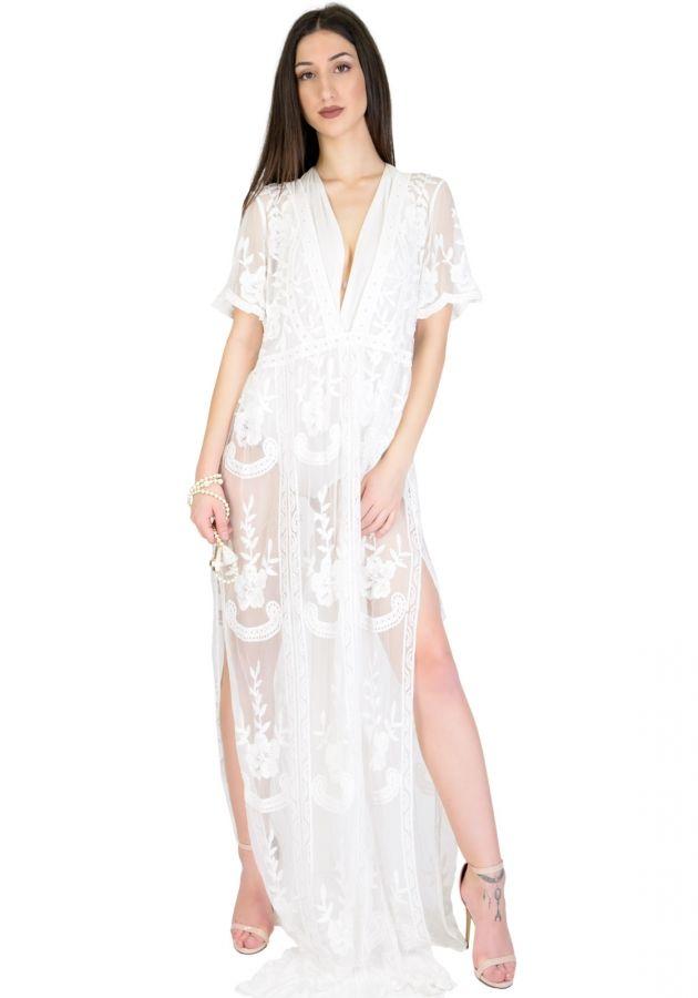 da4fb9d989ae Καφτάνι maxi με διαφάνεια. Το φόρεμα όλο διαφάνεια με εντυπωσιακά σχέδια με  λουλούδια και δαντέλα