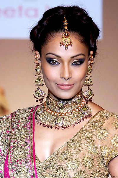 Inspiration: #Indian Bridal #Makeup -- #Wedding #Bride #Desi
