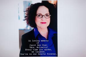 The Big Bang Theory a rendu hommage hier soir à Carol Ann Susi (Mrs Wolowitz) décédée cette semaine #TBBT