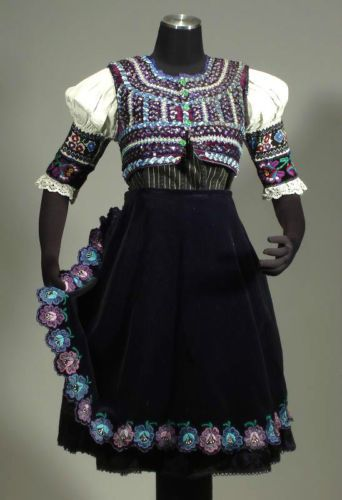 SLOVAK FOLK COSTUME embroidered blouse brocade pleated skirt vest Pliesovce KROJ