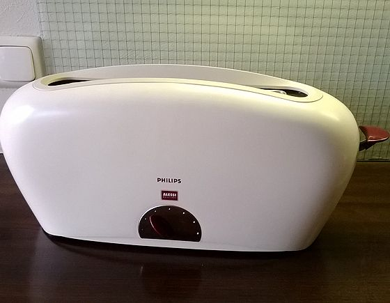Philips Alessi Toaster HD2000   NLStudio Second Life